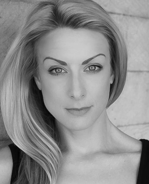 Laura Tyrer New Headshot BW (Medium)